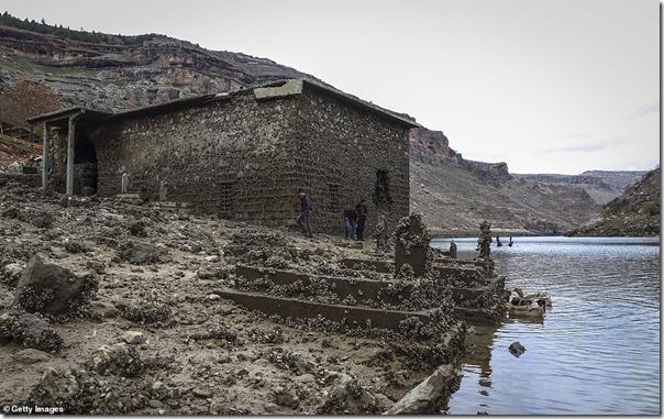 Tigris dam tomb of Elisha